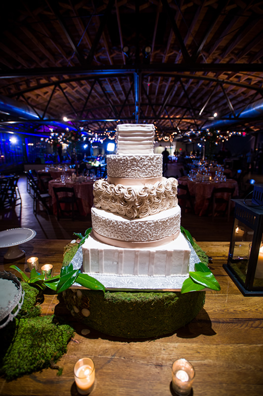 Wedding cake at Summerour Studio